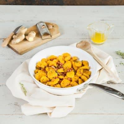 Kürbis-Gnocchi mit Thymian-Butter und Speck
