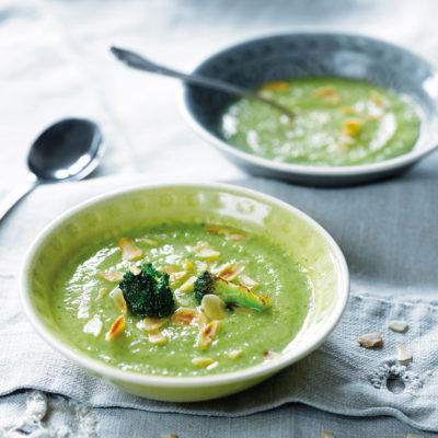 Vegane Brokkolisuppe – cremig ohne Sojasahne