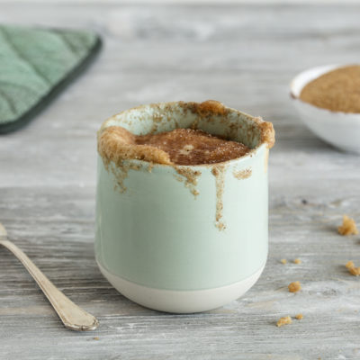 Tassenkuchen ohne Ei in weniger als 2 Minuten fertig