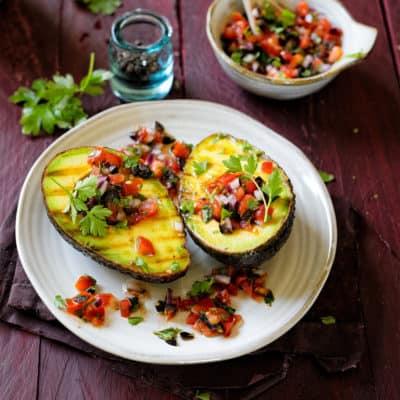 Superfood vom Rost! Gegrillte Avocado