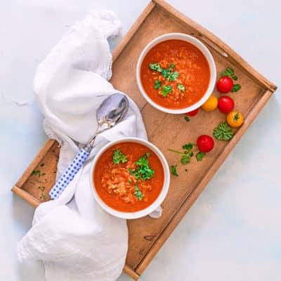 Tomatensuppe mit Reis und Hack