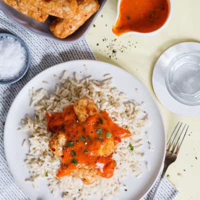 Geflügel-Cevapcici mit Reis und Paprikasoße